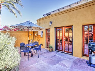 Enchanting 1BR Tucson Cottage w/Wifi, Private Flagstone Patio & Gas Grill - Unbeatable Central Location! 10 Minutes from Downtown & Only 8 Blocks from University of Arizona!