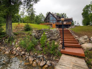 Beautiful 3BR Lakefront Cottage in the Upper Peninsula - Peaceful Setting w/Cobblestone Fire Pit & Private Dock! *DISCOUNTED MONTHLY RATES - BOOK NOW*, Iron River