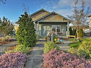 Charming 2BR Birch Bay House w/Wifi, Patio & Lovely English-Style Garden - Walk to the Bay, Restaurants & More!