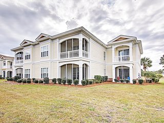 Inviting 4BR Pawleys Island Condo w/Wifi, Private Patio & Wonderful Community Amenities - With Access to a Private Beach, Golf Courses & Parks!