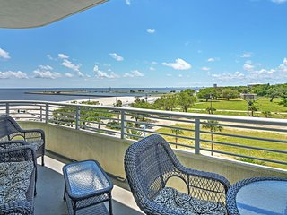Stunning 2BR Biloxi Ocean Club Condo w/Private Balcony, Complimentary Pool Access and Gorgeous Gulf Views-Short Walk to Beaches, Casinos & More!