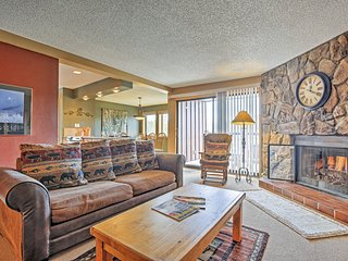 Spectacular 2BR Breckenridge Condo w/Wifi, Private Balcony & Extraordinary View of Mt. Baldy - Walk to Snowflake Chair Lift & Main Street Attractions!