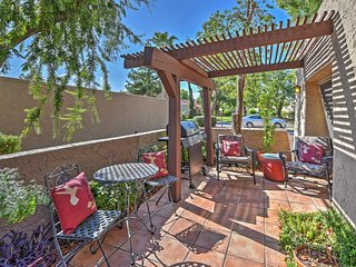 Updated 3BR Scottsdale Condo w/Community Pool