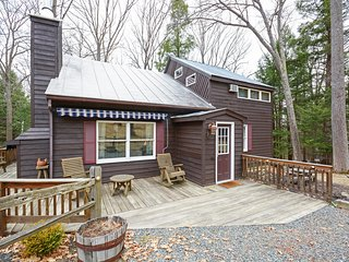 Inviting 3BR + Loft Hanover House w/Gorgeous Views