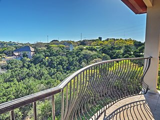 Stunningly Tranquil 4BR Austin House w/Wifi, Large Private Patio & Phenomenal