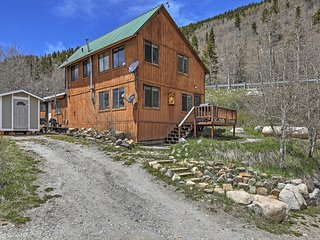 New Listing! 'The Snowshoe Inn' Tremendous 1BR + Loft Salida Cabin w/Gorgeous Nat'l Forest Views & Outstanding Location - Just Minutes from Monarch Mountain, Shopping, Dining & More!