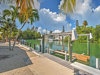 NEW! Scenic 3BR Islamorada House w/Canal Views!, Long Key (Cayo Víbora)