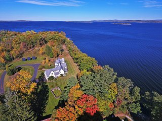 Regal 4BR South Hero House on Lake Champlain