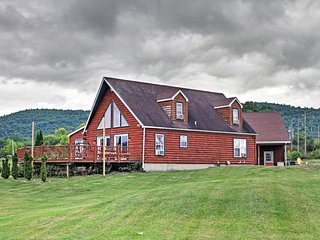 NEW! Lakefront 4BR Ticonderoga 'Log Chalet'