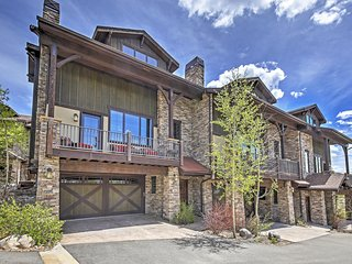 4BR Fraser Townhome w/Private Deck&Mountain Views