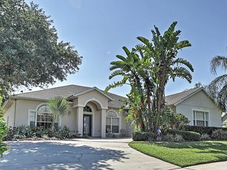 Alluring 5BR Kissimmee House w/Wifi, Private Pool, Game Room & Outdoor Dining