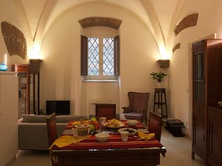 2bedroom apartment in the city centre- Verona Journeys