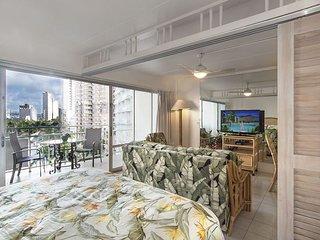 Ilikai 703-City View Condo that Sleeps 4!, Honolulu