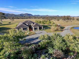 Hillbrook Estate - Magnificent Vistas, Elderslie