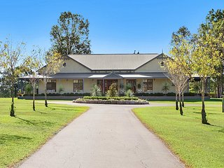 Stonegate Estate - Elegant Homestead, Pokolbin