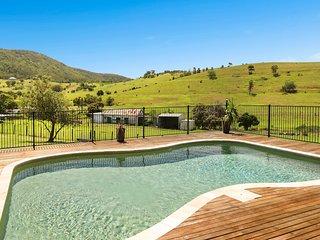 Tharah - Luxury Mountain View Estate, Mount View