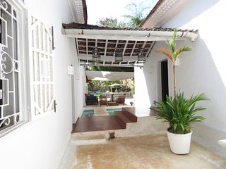 CANDOLIM SONG by LUXURY GOA Serviced 6BHK Portuguese Villa on Candolim Beach