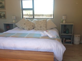 Cosy flatlet in established Umhlanga suburb, Umhlanga Rocks