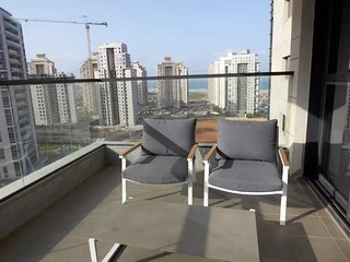 Ir Yamin - 3 Bed Sea-View Apartment, Netanya