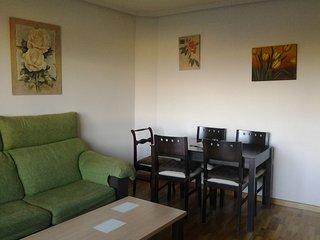 Se alquila apartamento en fines de semana, puentes, etc., a 5 minutos de León., Villaobispo de las Regueras