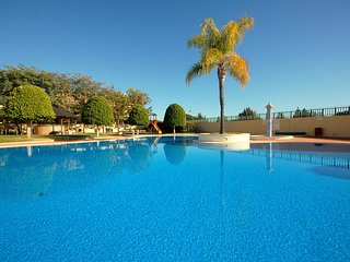OLivos Del Golfe - amazing apartment close to the golf course, Vilamoura