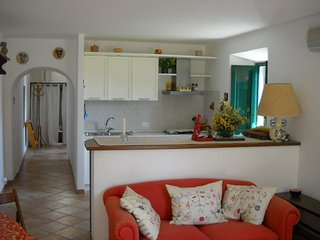 A nice depandance for 2+2 persons with a beautiful sea view in Circeo
