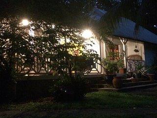 Villa coloniale de rêve tres proche de la plage - idéale pour les familles, Sainte Rose
