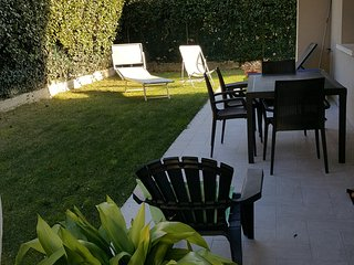 GARDASEE-EMOTION GREEN RELAX.  piano terra con giardino. Nuovo!