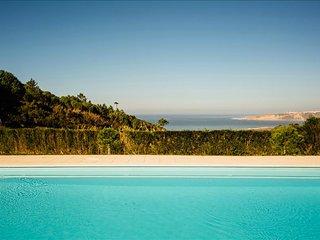 Moradia V3 Com Piscina condominio e Vista para o Mar perto da Nazare