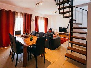 Apartamento T3 | Piscina para adultos e Piscina para criancas em Sao Martinho, Sao Martinho do Porto