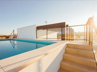 Apartamento de ferias para alugar | 2 Quartos | Piscina Comum na Cobertura | Sal