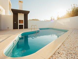 Casa de ferias familiar para alugar | 3 quartos| Piscina e Jardim privado| Salir