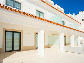 Apartamento para alugar | 2 quartos | A beira-mar com vista para a Baia | Sao Ma