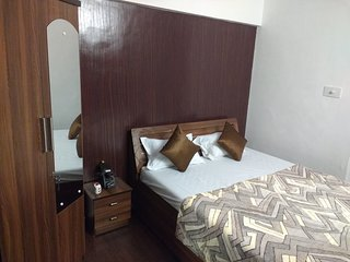 service apartment room in kandivali east mumbai, Kandivali