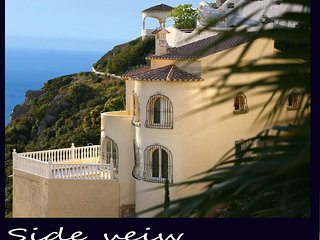 RELAXING HOLIDAY VILLA IN SPAIN Private Heated Pool, Front Line Sea View