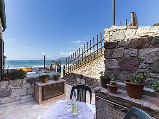 Stupendo appartamento in tonnara sulla spiaggia