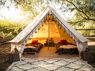 LUXURY TENTS at ZION WEST RANCH by MOONLIGHT OASIS-VIEWS of ZION!, Virgin