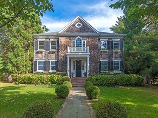 East Hampton/Sag Harbor Village Fringe