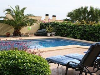 Luxury villa, Gata De Gorgos, Private pool, air con, wifi, sleeps 6. Stunning.