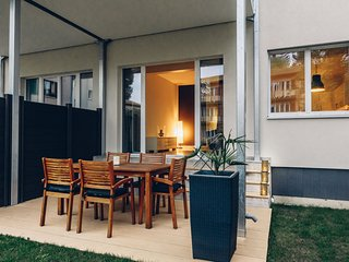 Apartment with Terrace AIRSTAY 01, Basel