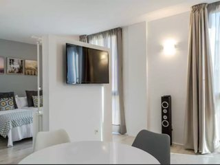 Old Town, Parking, Wifi, A/C, TV SATELLITE, Elevator, Fitness center., Palma de Mallorca