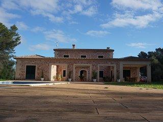 Gran Casa Vacacional Can Matet, Santa Eugenia