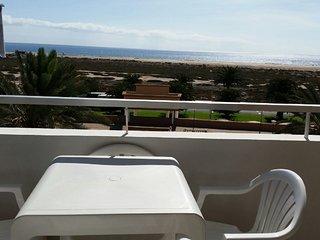 Apartamento dos dormitorios primera línea playa (461)