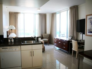 4 Stars Private Residence at Sonesta Coconut Grove