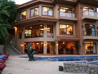 Palacio Tropical Costa Rica Beachfront