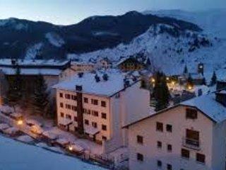 APTO. LOW COAST EN FORMIGAL (Huesca), holiday rental in Sallent de Gallego