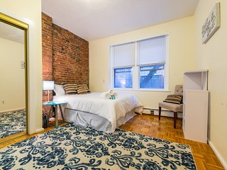 Simple studio in Beacon Hill, Boston