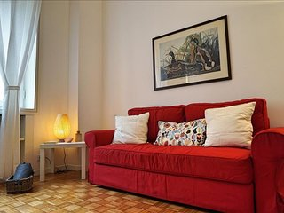 Durini apartment in Centro Storico with WiFi, air conditioning & lift.