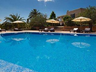 7 bedroom Villa in Santa Eulalia Del Rio, Ibiza : ref 2132880