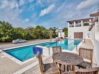 Gorgeous home in Seanest community, Gulf views, shared community, short walk to beach - Verona